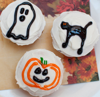 Halloween Recipe: Scary Cupcakes