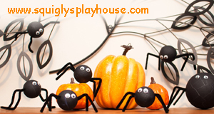 Halloween Craft: Spooky Spiders