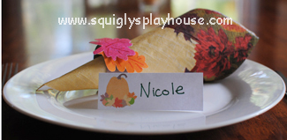 Thanksgiving Day Craft: Printable Place Cards