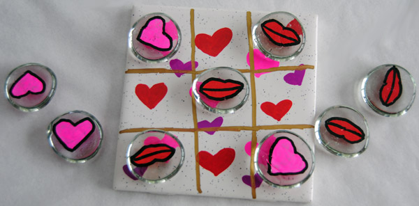 Valentine's Day Craft: Hearts and Kisses Tic-Tac-Toe